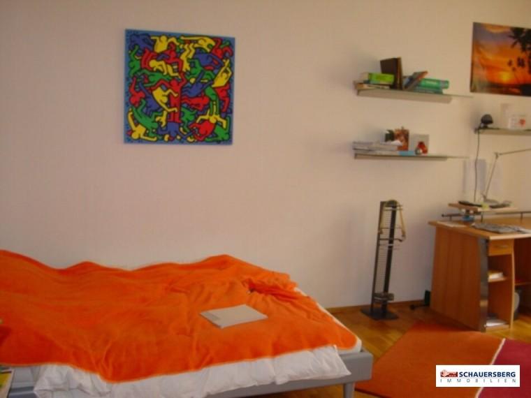 f Zimmer 1